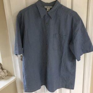 Gray/blueish short sleeve casual men's shirt.